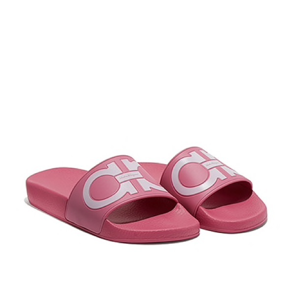 7d8e3cf1ab78 Ferragamo Pink Gancini Groove Pool Slides Sandals.  M 5ab051a845b30c111d870ca8